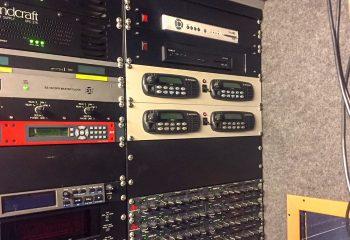 Reference 818 | 6 HD rigid ob truck | full duplex Motorola radios, ESE ES-102 GPS Master Clock
