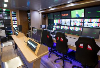 Reference 834 | 12-Camera Double Expander HD 3G OB Truck | Production and 2nd Production area