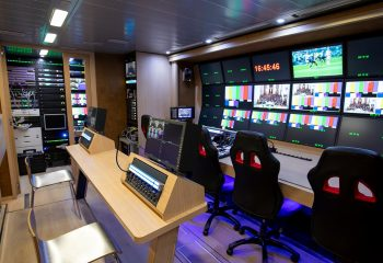 Reference 834 | 12-Camera Double Expander HD 3G OB Truck | 2nd Production area