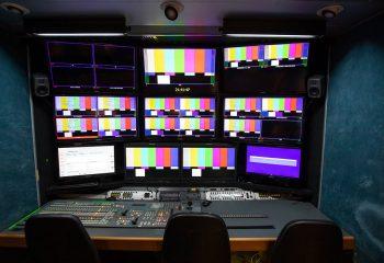 ES Broadcast Ref 830 | 12-CAMERA HD TRUCK | Production area