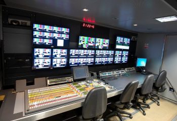 ES Broadcast Ref 835 | 12 Camera Single Expander HD OB Truck | Production area with Grass Valley Kalypso vision mixer